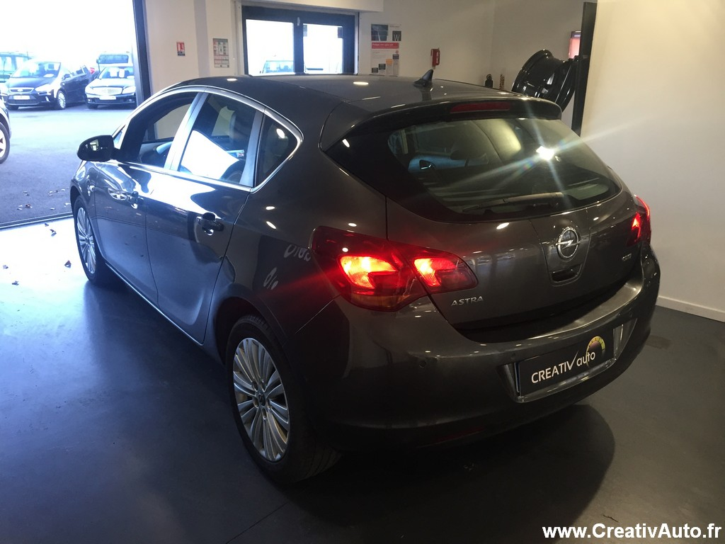 Opel Opel Astra 1.7 CDTI 110ch connect pack GPS / 2011 / 143200 km / Diesel / 7990 €
