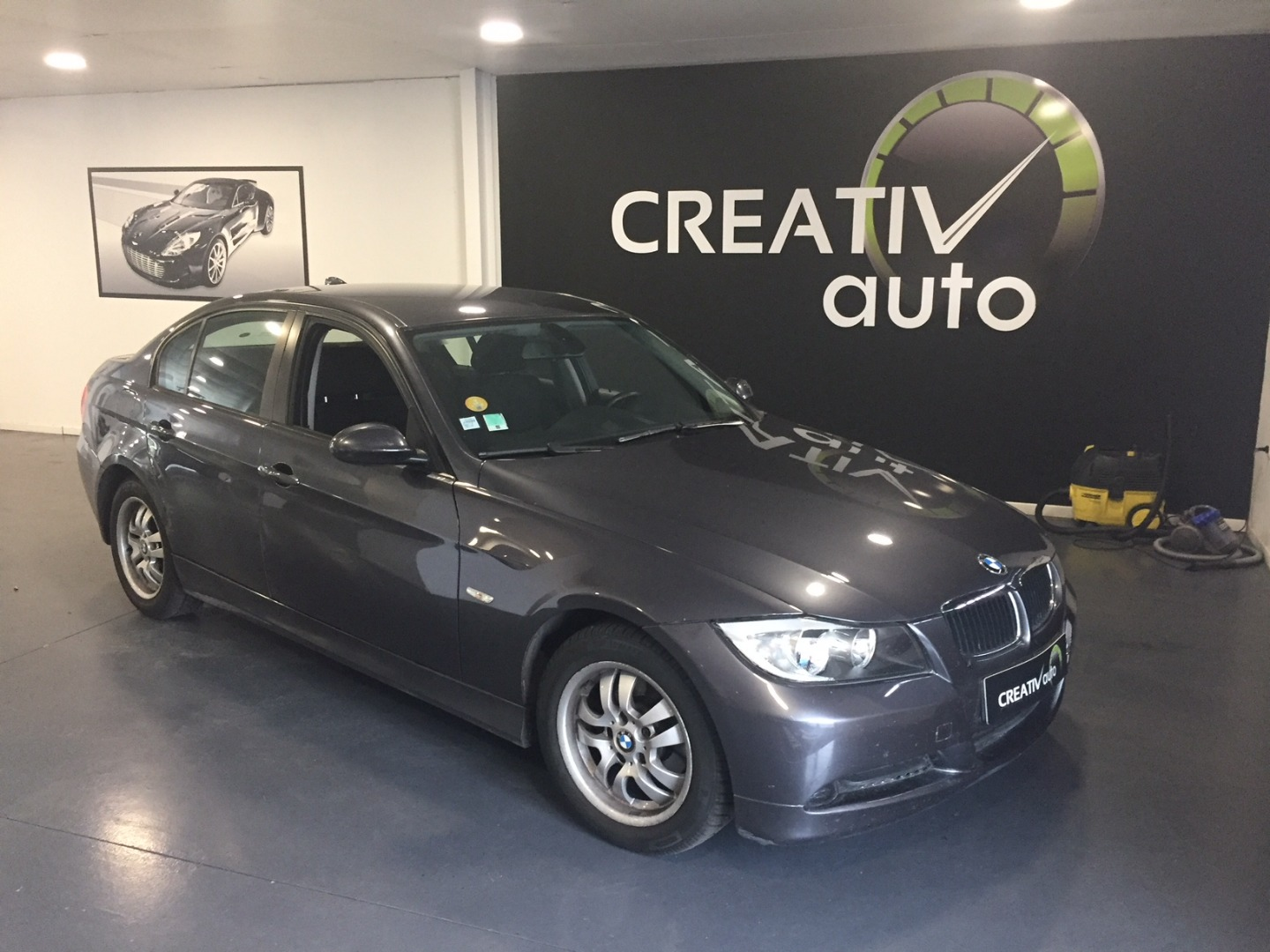 BMW Bmw serie 3   e90 318d pack gps / 2006 / 106000 km / Diesel / 8490 €